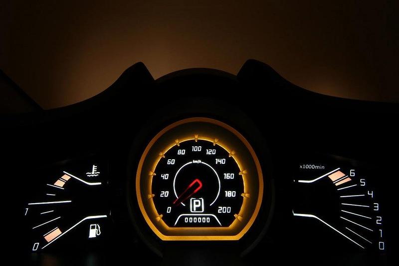 Lada XRAY спидометр фото